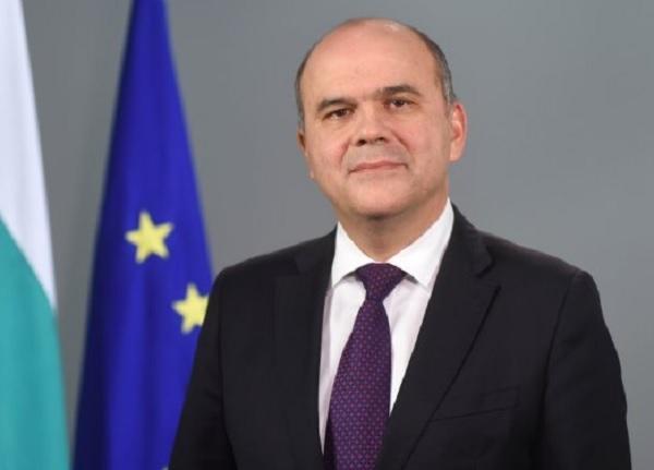 Бисер Петков подаде оставка по искане на премиера Борисов