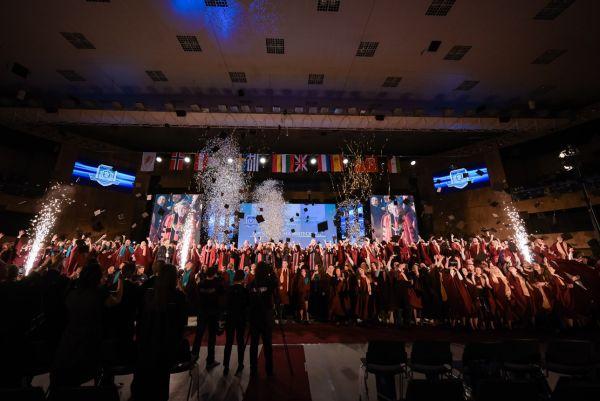 392-ма медици се дипломираха в МУ-Варна
