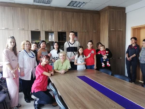 Студенти от МУ-Варна показаха на малки пациенти как да се грижат за зъбите си