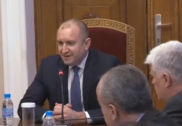 Президентът и синдикатите обсъдиха мерките за излизане от кризата