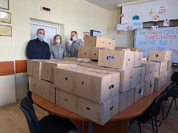 255 пакета с храни в подкрепа на медици и близките им под карантина раздадоха от БЛС