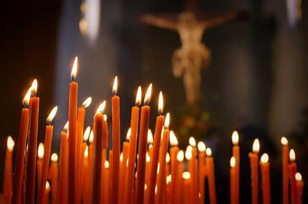 БЛС с обръщение за Великден: Молете се, но вкъщи!
