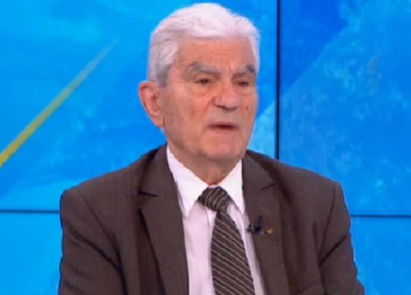 Акад. Петрунов: Епидемията от COVID-19 се развива, а все още няма колективен имунитет