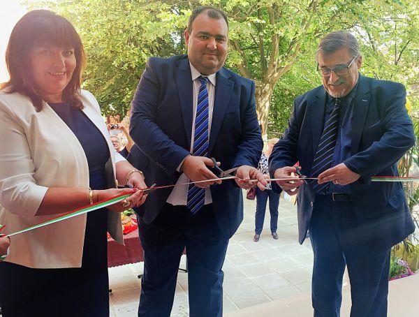 Откриха реновираното студентско общежитие във филиала на МУ-София във Враца