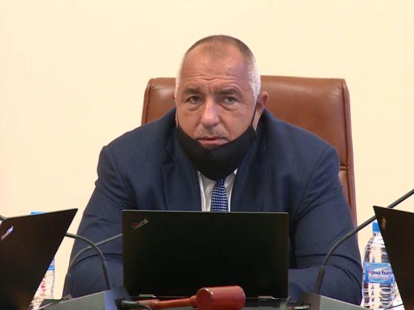 """Борисов призова към лична отговорност за COVID-19, не иска """"заповеди и диктат"""""""