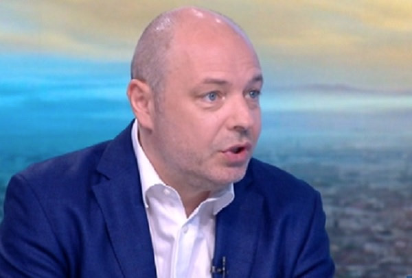 Проф. Габровски: Ако положителните случаи останат 4-6%, здравната система ще издържи