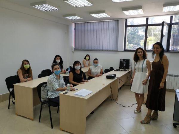 В МУ-Пловдив: Обучават асистенти на лекарите по дентална медицина