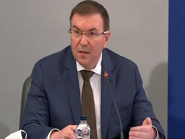 Предлагат на здравния министър започване на масовата имунизация (обновена)