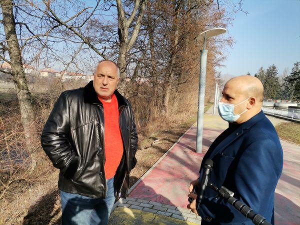 Борисов: Фармафирмите да спазват договорите с ЕК, инвестирали сме в производството на ваксините