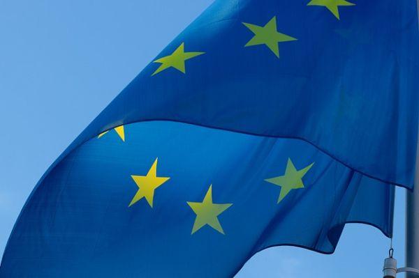 ЕС въвежда единен здравен сертификат за пътуване в чужбина от 15-ти юни