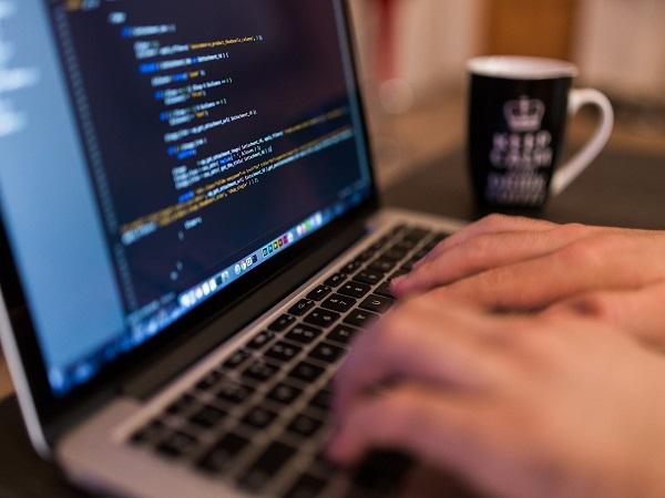 Хората в България и Румъния търсят най-малко здравна информация онлайн