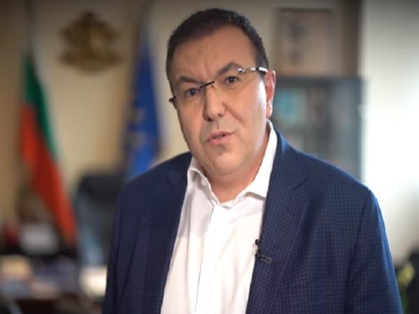 Здравният министър към съсловието: Вие сте рицарите на нашите дни