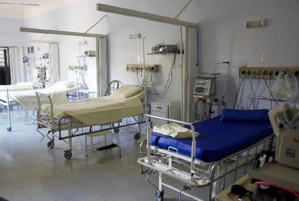 Намалява броят на хоспитализираните с COVID пациенти