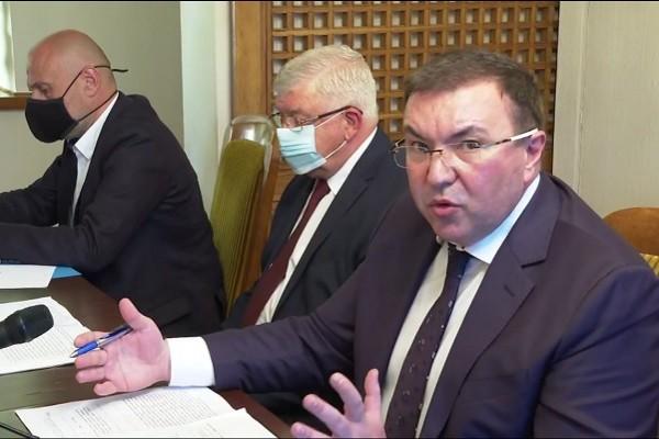 МС в оставка отпусна 60 млн. лв. допълнително за медиците на първа линия