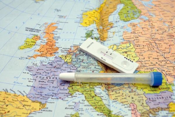 ЕП предлага безплатни тестове за COVID, за да се улесни пътуването в Европа