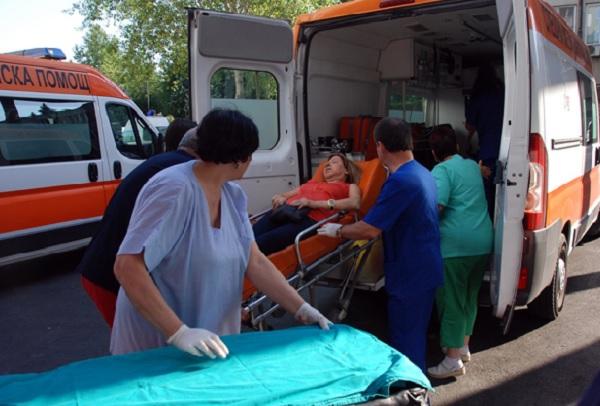 БЛС: Поклон пред неуморната работа и надеждата, която носят спешните медици