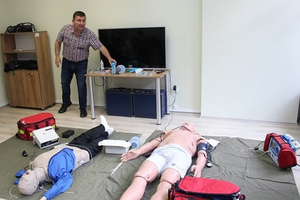 124 служители на ЦСМП вече са обучени по ПУЛСС след възобновяването на проекта