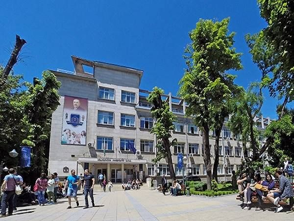 В МУ - Варна създадоха уникална хранителна добавка с антиоксидантен ефект