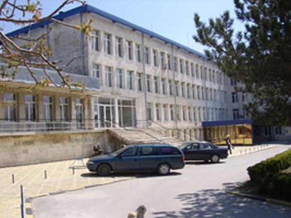 Д-р Филип Митев поема управлението на МБАЛ-Каварна