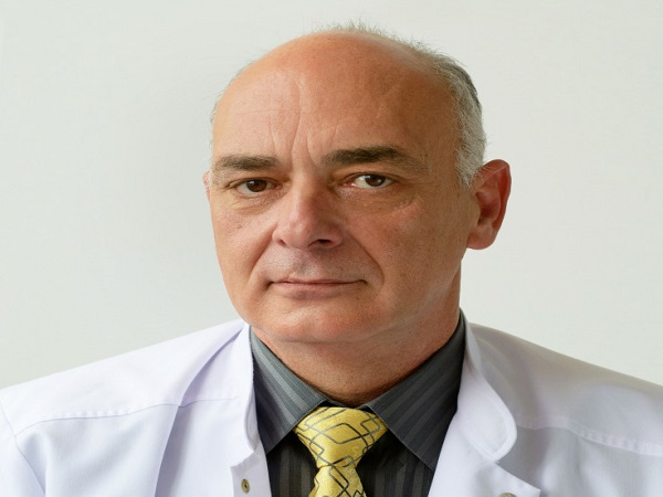 Д-р Юрий Стоянов: Гръдната хирургия ме научи на отговорност, смиреност и удовлетвореност