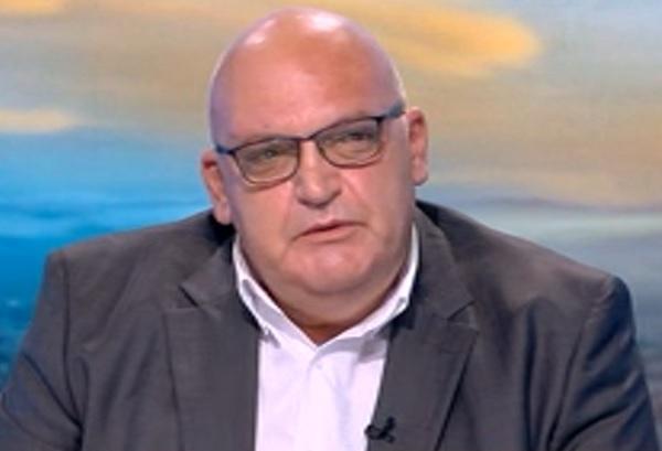 Д-р Брънзалов: Епидемията още не е достигнала нито пика си, нито плато