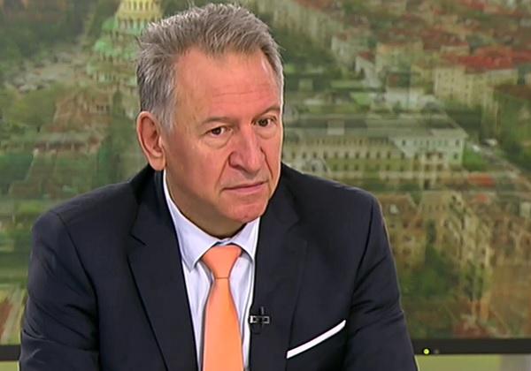 Д-р Кацаров: Ситуацията е много сериозна, но няма място за паника