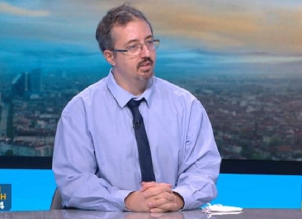 Лъчезар Томов: Леталитетът от COVID не е много завишен, но умират по-млади хора