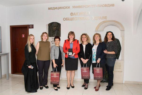 """Факултетът по обществено здраве на МУ - Пловдив посрещна делегация от ръководството на здравния консорциум """"Аджибадем"""""""