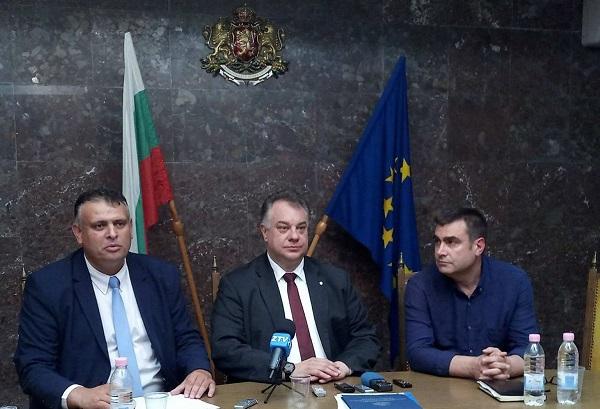 МЗ със спешен план за спасяване на болницата в Ловеч