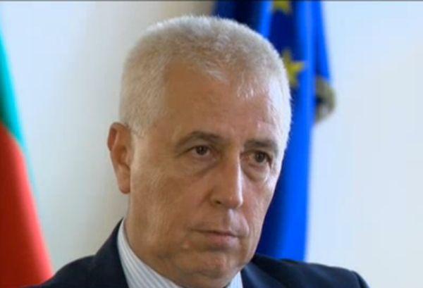 Поредица от нарушения довела до уволнението на д-р Троева