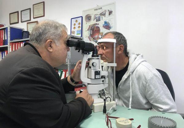 Операция помогна на сляп пациент да гледа телевизия