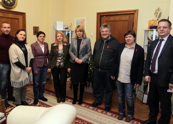София да се включи в международната инициатива на Парижката декларация по проблемите на СПИН