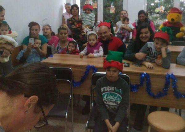 Дядо Коледа раздаде подаръци на малките пациенти в МБАЛ – Смолян