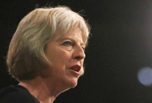 Тереза Мей се извини за свръхнатоварването в британските болници