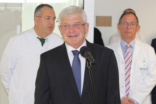 Министър Ананиев: МЗ може да отпусне 6 млн. лв. на общинските болници