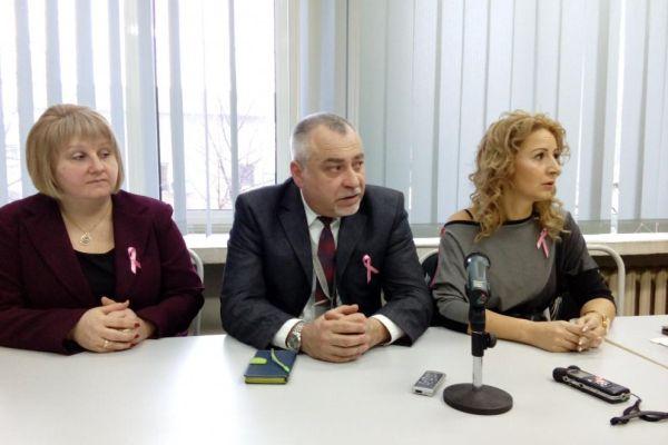 В Русе даряват безплатни фризьорски услуги на онкоболни жени