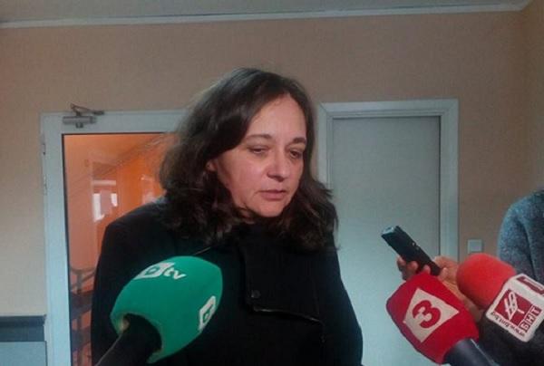 Жени Начева: Дебатът с общинските болници трябва да е за това как лекуват и как ще се преструктурират