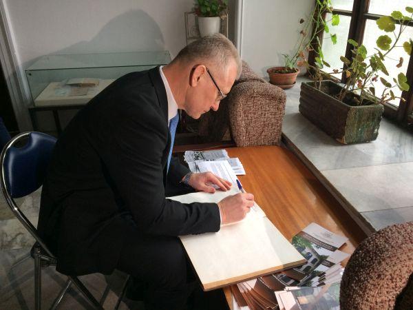 Посланикът на Литва в България посети Музея по история на медицината във Варна