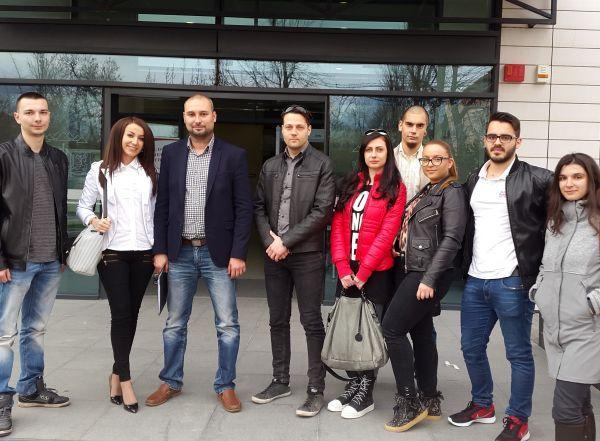 Състезание по биология и химия за ученици предстои в МУ - Пловдив