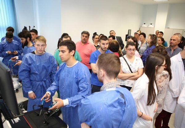 Млади учени защитават реферати по актуални биомедицински проблеми