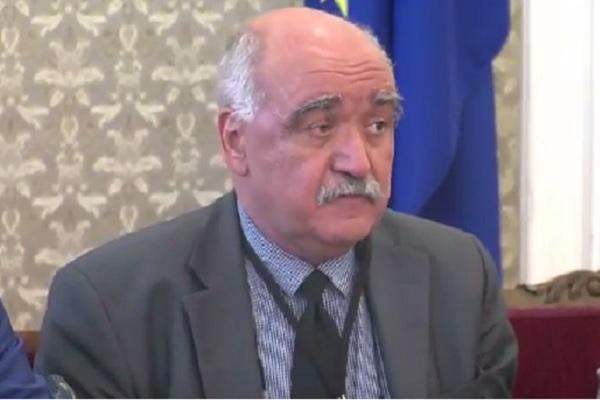 Проф. Камен Плочев е подал оставка като управител на Касата (обновена)