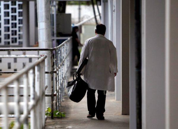 Над 70% от завършващите медици се насочват към чужбина