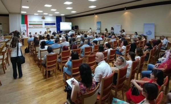 Първото българско инвитро бебе стана на 30