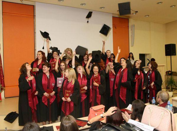 133 абсолвенти взеха дипломи от МУ - Пловдив