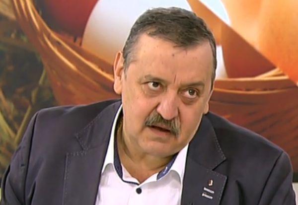 Убождане на деня: Проф. Тодор Кантарджиев
