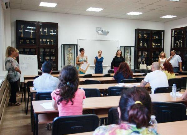 """Кандидатстудентският изпит за магистър по """"Управление на здравните грижи"""" в МУ-Варна ще се проведе на 6 август"""
