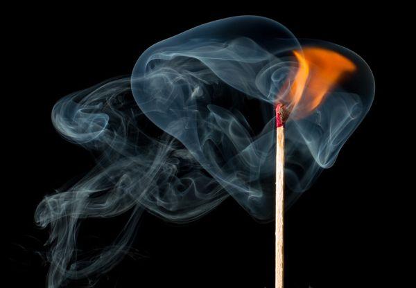 Разширяват забраната за пушене на закрито, включват и наргилето