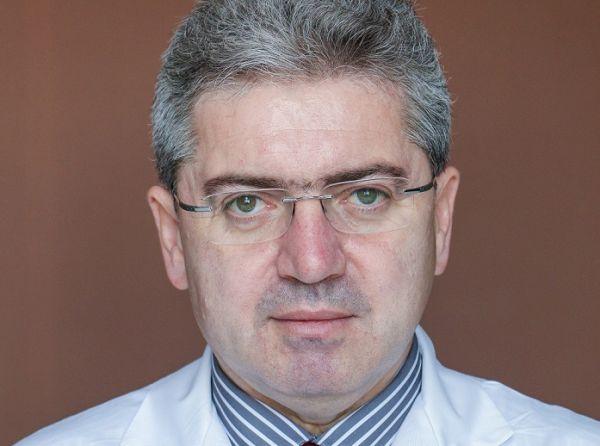 Проф. Красимир Иванов: Медицината е магия, която съчетава наука, изкуство, умения и търпение