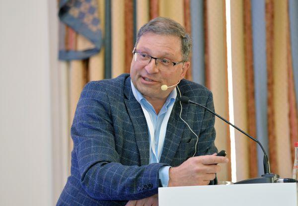 Проф. Асен Гудев: За да има иновации, не трябва да има спекулации