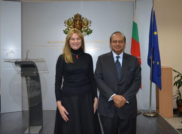 Индийска фармацевтична компания инвестира 5 млн. долара в България